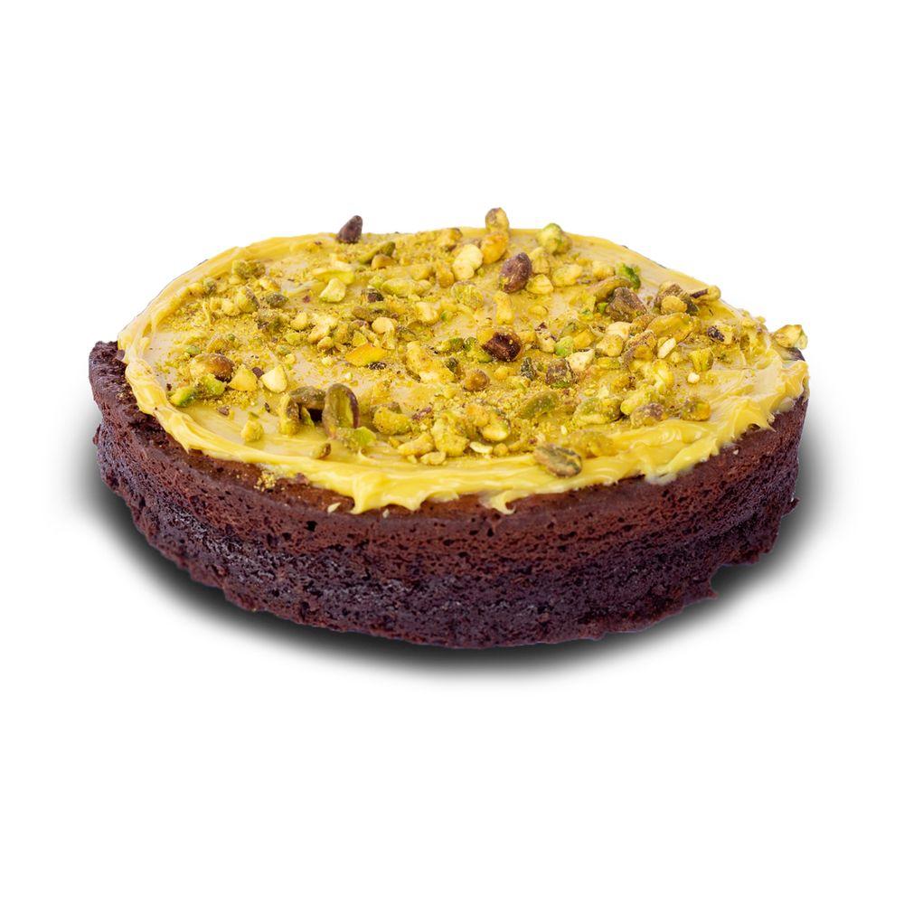 bolo-brownie-com-pistache